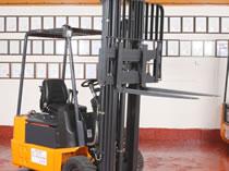 Linde E 15 1.5 tonne refurbished electric forklift