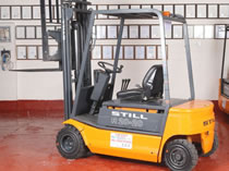 Still R20-20 2 tonne used electric forklift