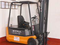 Still R20-18 1.8 tonne used electric forklift
