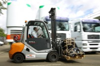 Forklift-trucks-case-study-still-image4-india